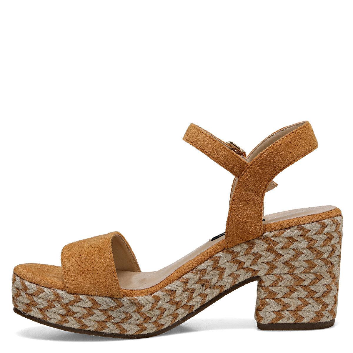NORINA Camel Kadın Dolgu Topuklu Sandalet