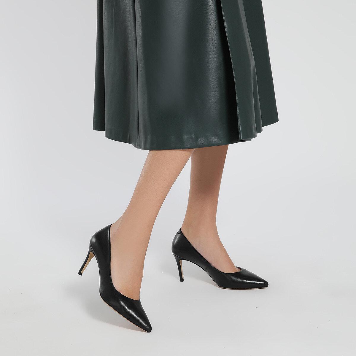 CAVIR Siyah Kadın Gova Ayakkabı