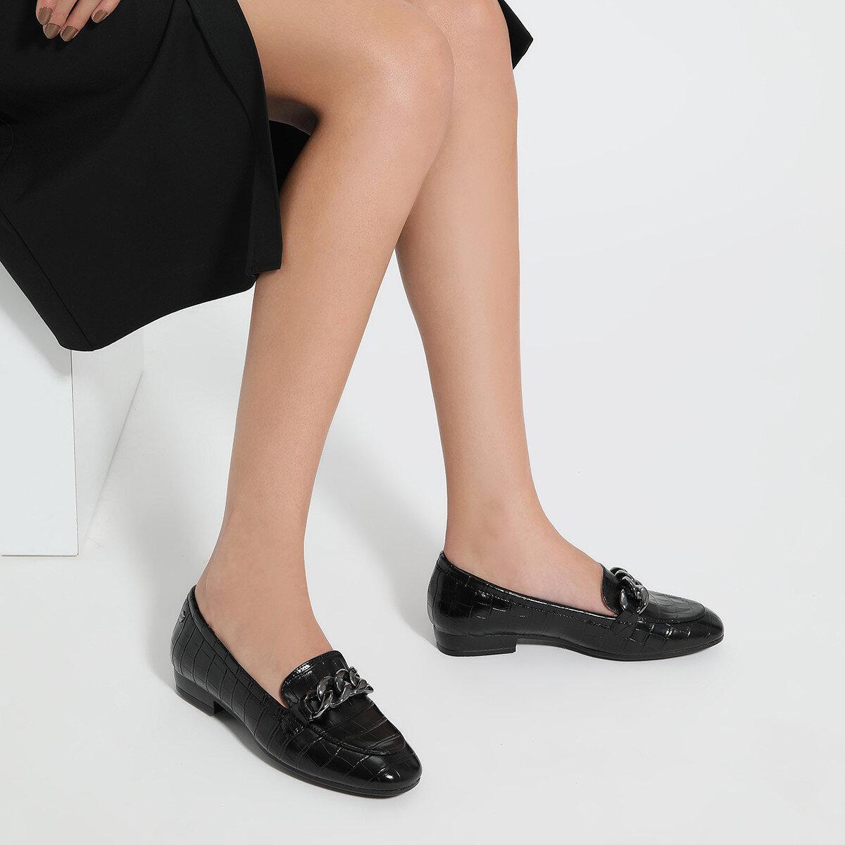 CROMA Siyah Kadın Loafer Ayakkabı