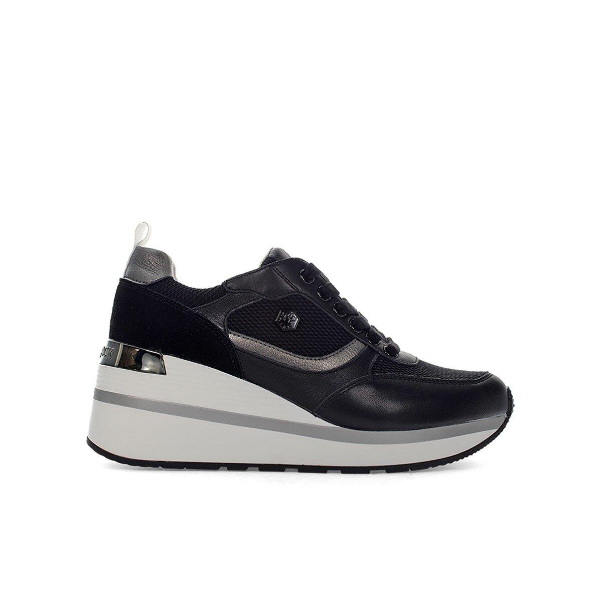 KAIA Sneakers Donna
