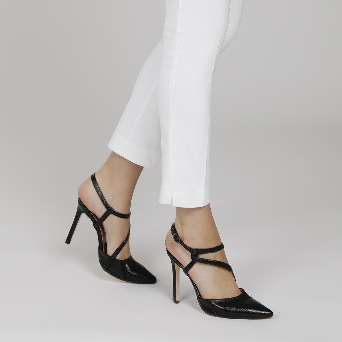 TUMLA 1FX Siyah Kadın Gova Ayakkabı
