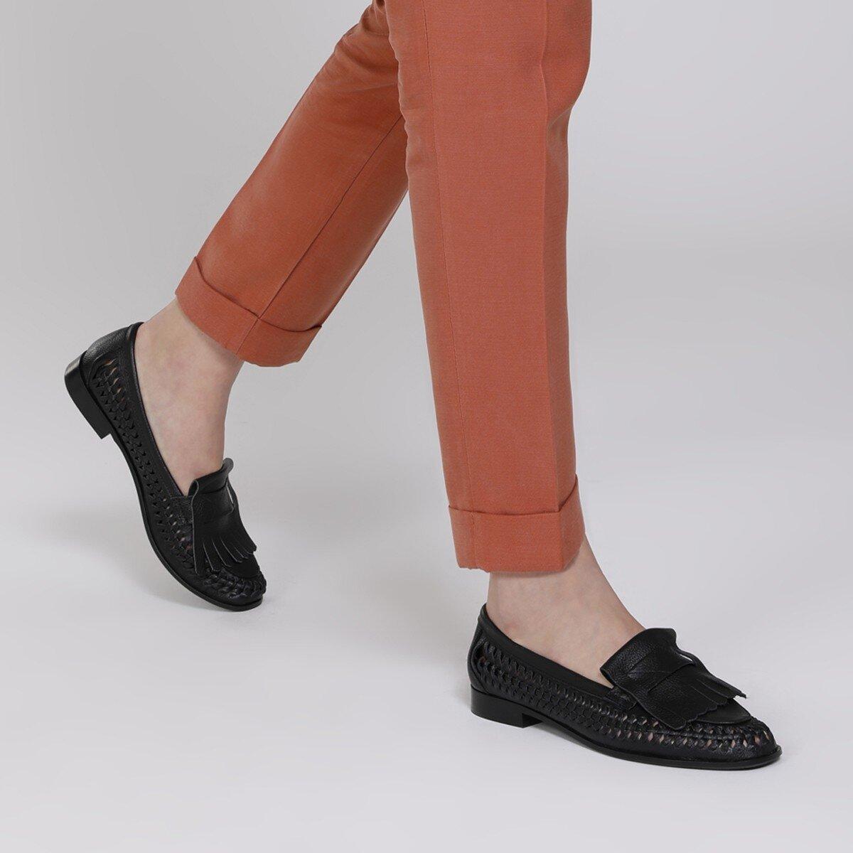 FAINRA 1FX Siyah Kadın Loafer Ayakkabı