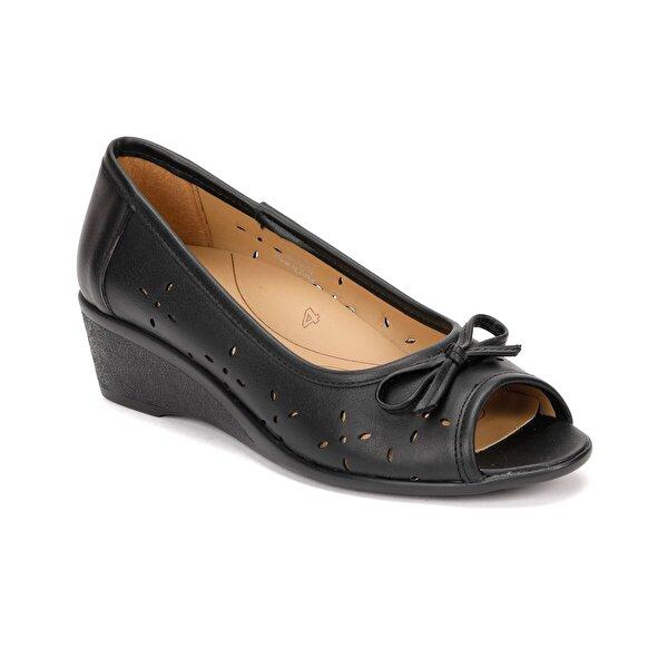 Polaris 5 Nokta 81.111141.Z Siyah Kadın Ayakkabı