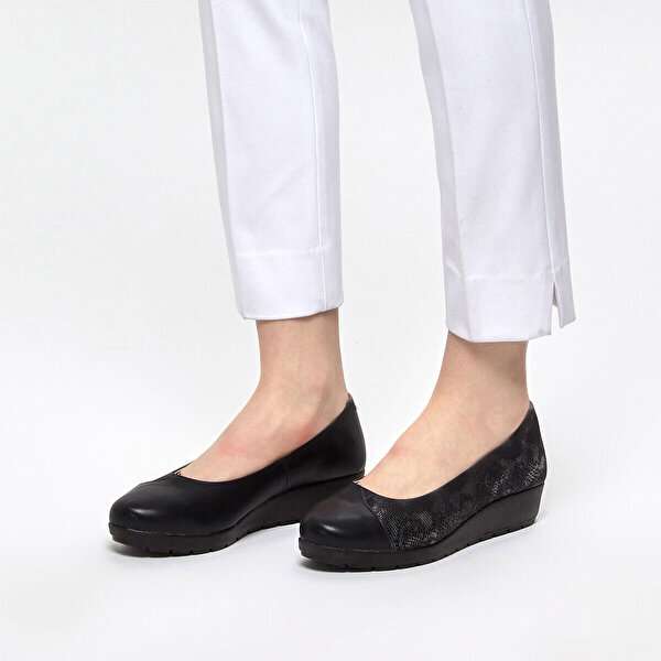 Polaris 5 Nokta 91.100668.Z Siyah Kadın Ayakkabı