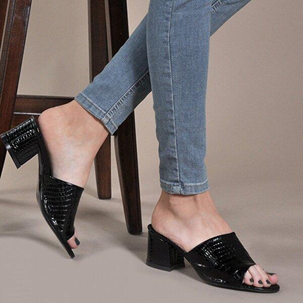 Vizon Ayakkabı Kadın  Siyah-Rugan-Baskı Terlik VZN20-087Y