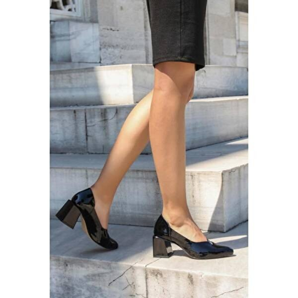 Fast Step Hakiki Deri Kadın Kalın Topuklu Ayakkabı 064ZA793