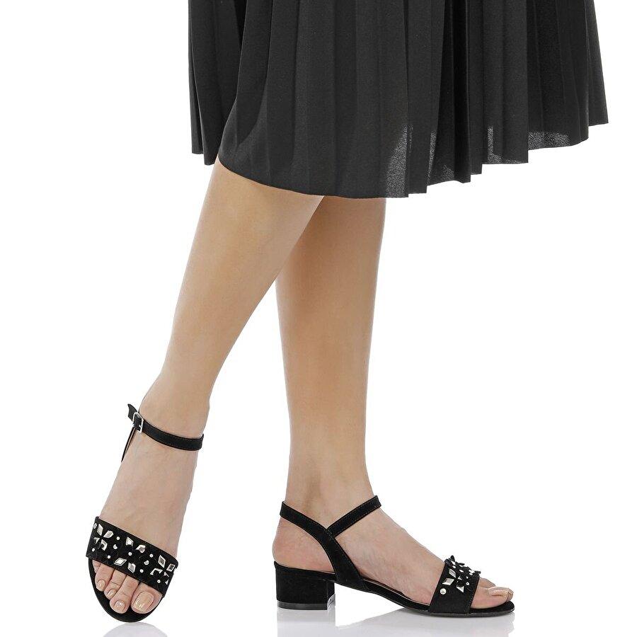 Butigo 18S-8Y5026-49 Siyah Kadın Ayakkabı