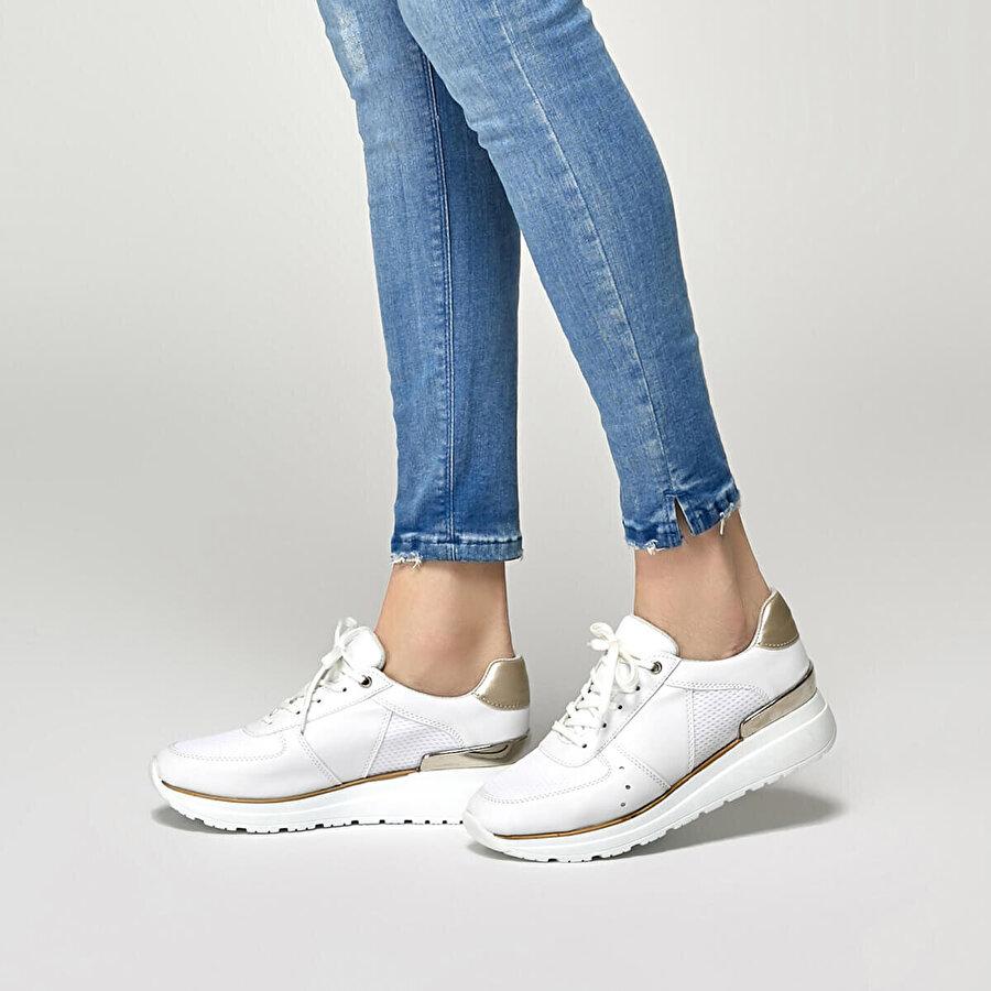 Butigo 19S-402 Beyaz Kadın Spor Ayakkabı