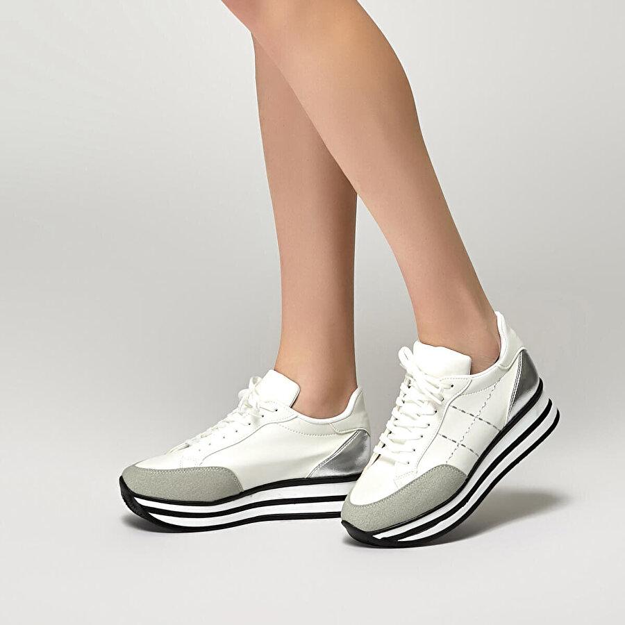 Butigo 19S-179 Beyaz Kadın Spor Ayakkabı