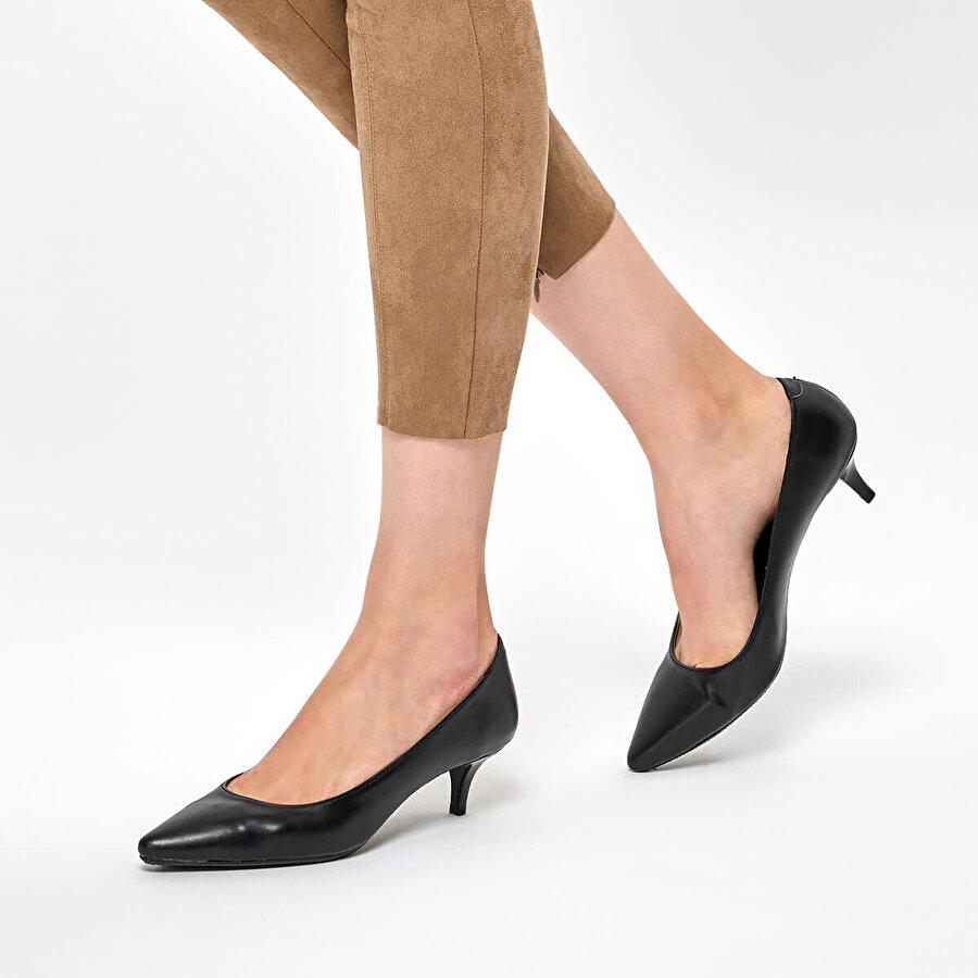 Polaris 92.314055.Z Siyah Kadın Gova Ayakkabı