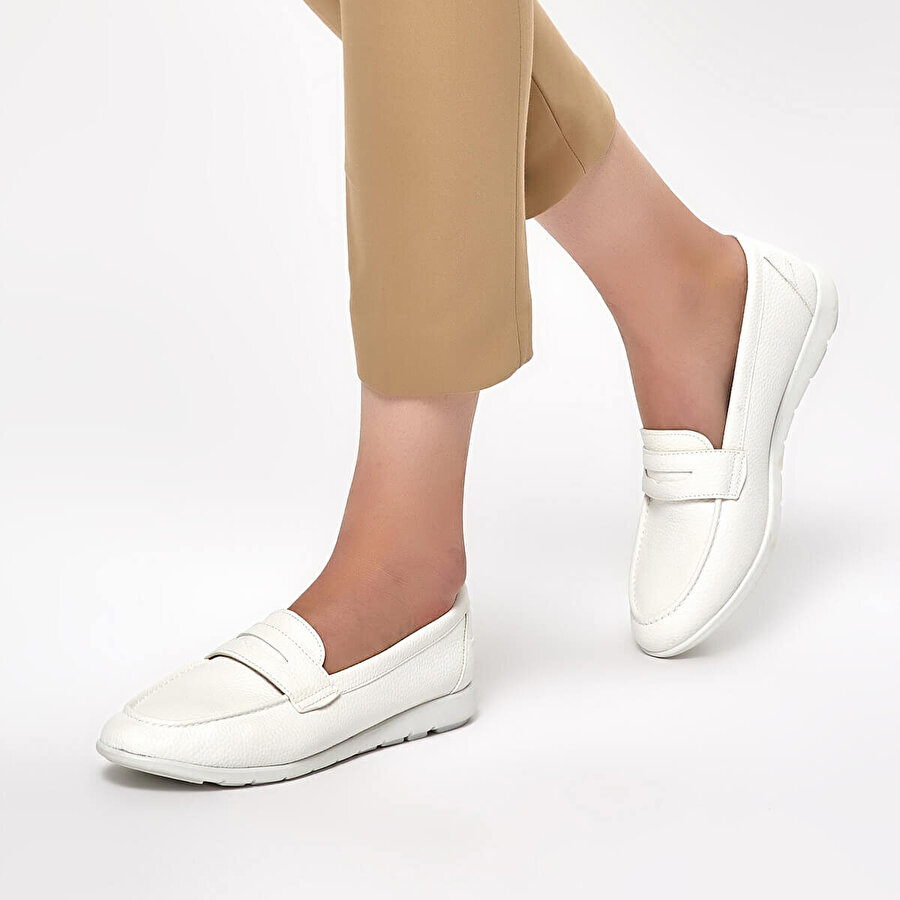 Polaris 91.313037.Z Beyaz Kadın Loafer Ayakkabı