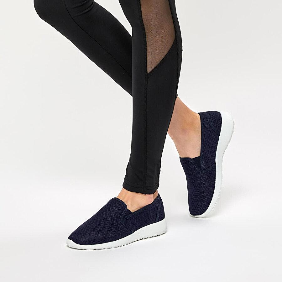 Polaris 91.354969.Z Lacivert Kadın Slip On Ayakkabı