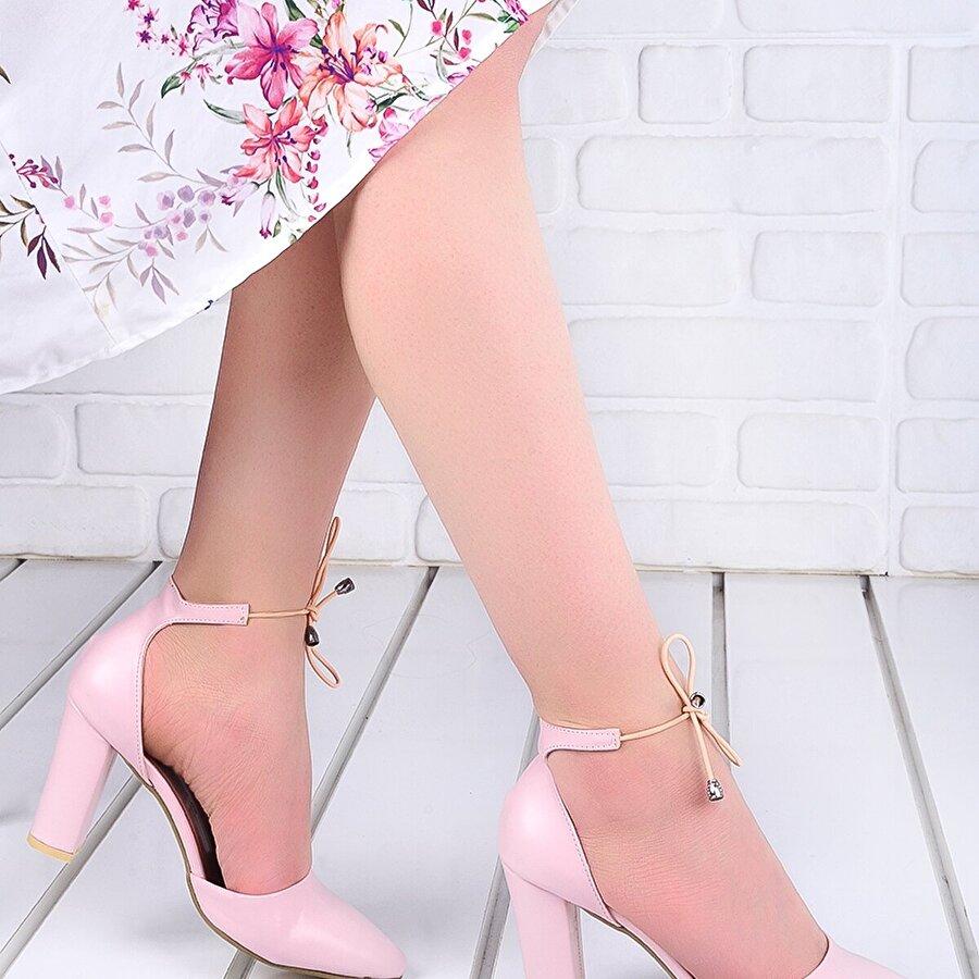 Ayakland 137029-1160  9 Cm Topuk Bayan Cilt Sandalet Ayakkabı Pudra