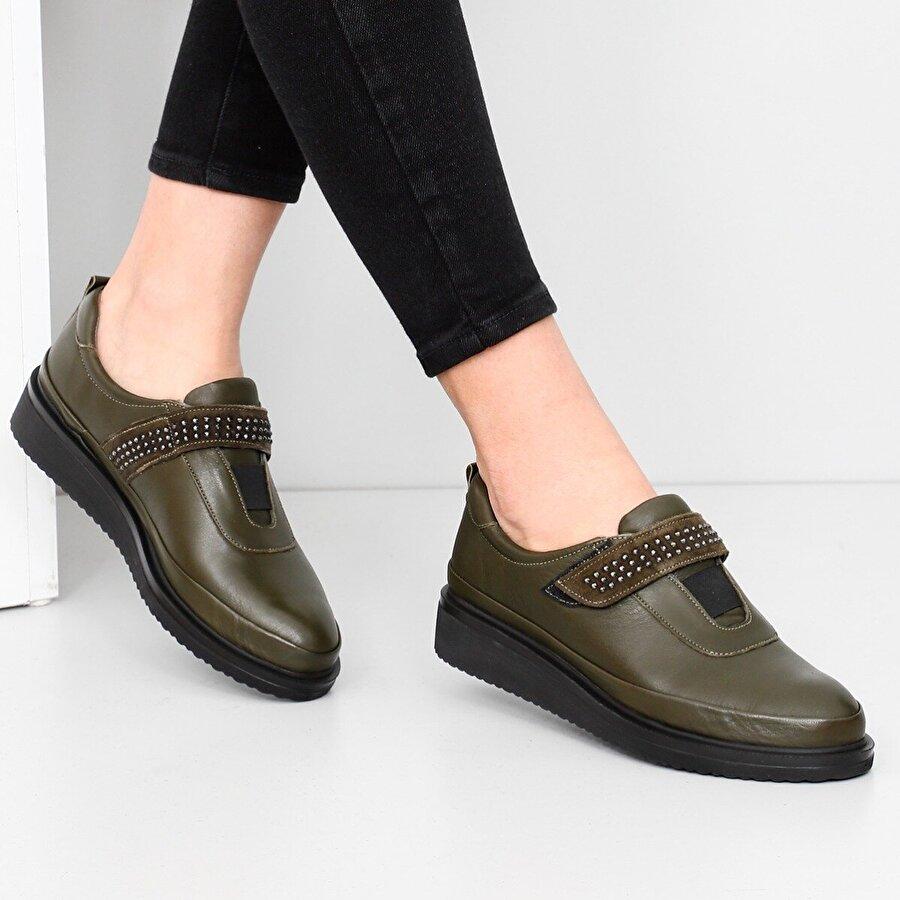 Gön Hakiki Deri Kadın Günlük Ayakkabı 77041