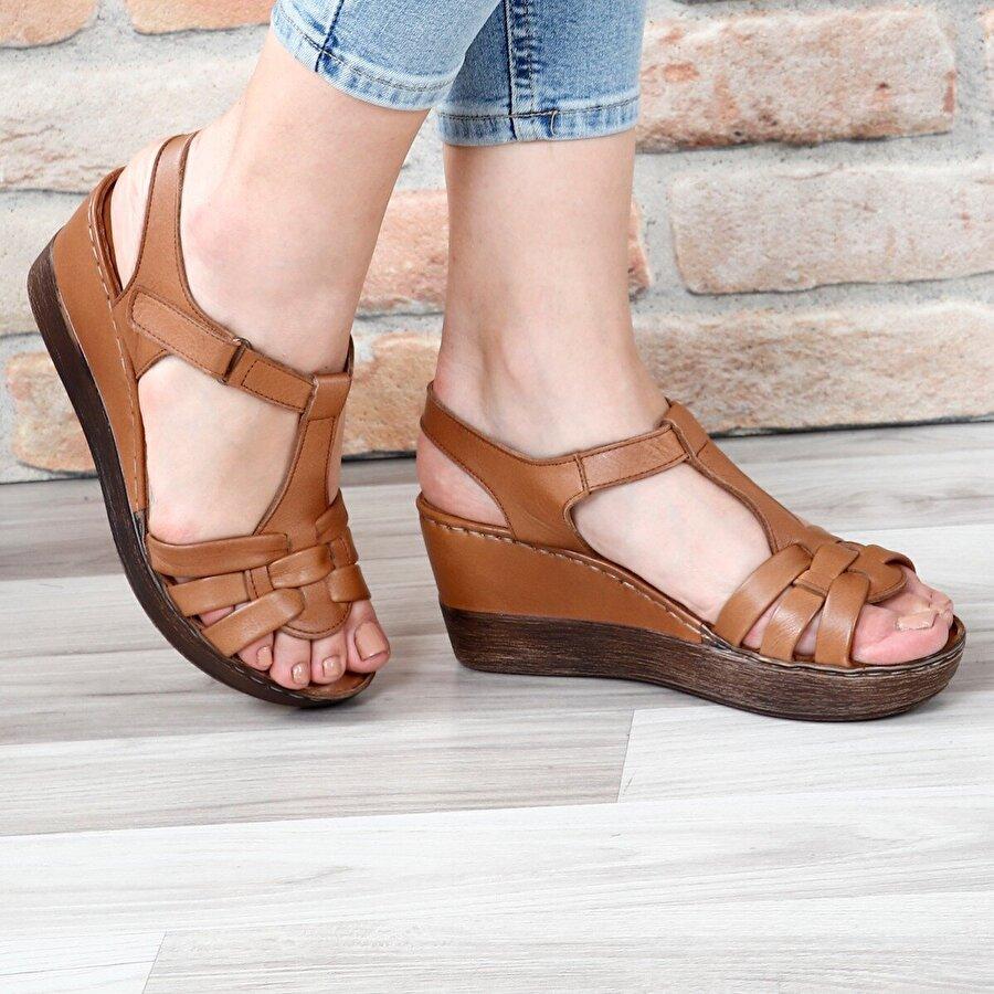 Gön Hakiki Deri Kadın Sandalet 45255