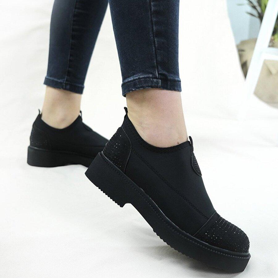 Hayati Arman Kadın Taş Detaylı Spor Ayakkabı & Sneaker