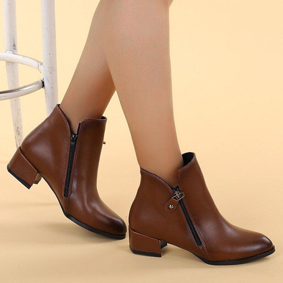Ayakland 6762-2113 Cilt Fermuarlı Termo Kadın Bot Ayakkabı TABA