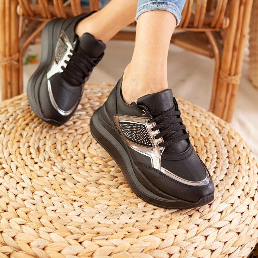 Jilberto Zainab Siyah Bağcıklı Sneakers ( Taş Kaplamalı )