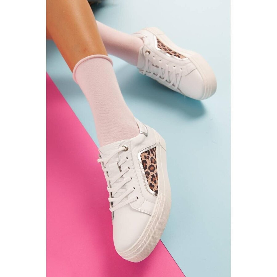 Jilberto Hakiki Deri Shirley Beyaz Yılan Detaylı Sneakers