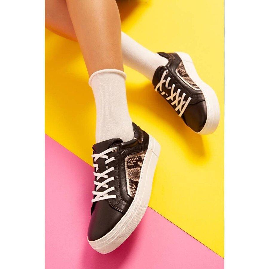 Jilberto Hakiki Deri Shirley Siyah Beyaz Tabanlı Yılan Detaylı Sneakers