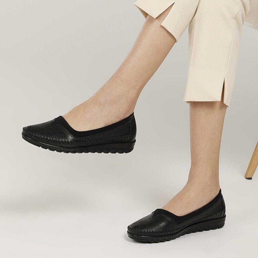 Polaris 5 Nokta 103241.Z1FX Siyah Kadın Klasik Ayakkabı