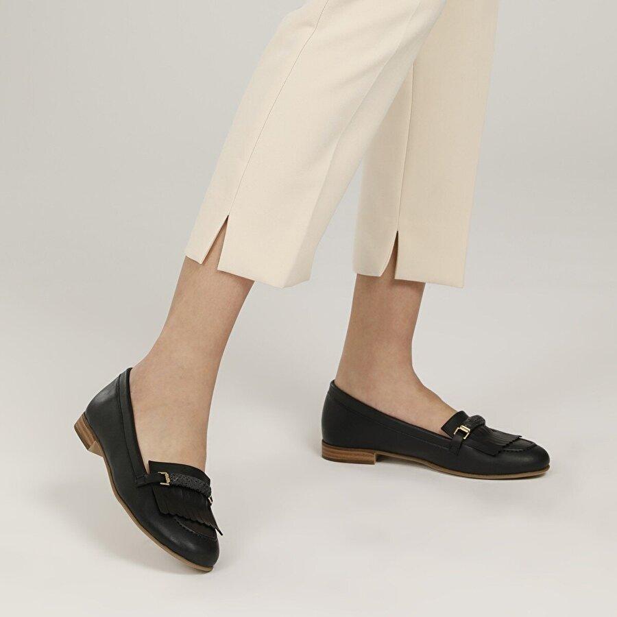 Polaris 317031.Z 1FX Siyah Kadın Loafer Ayakkabı