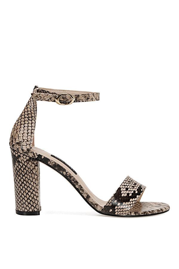Nine West CALVI3 Bej Kadın Sandalet