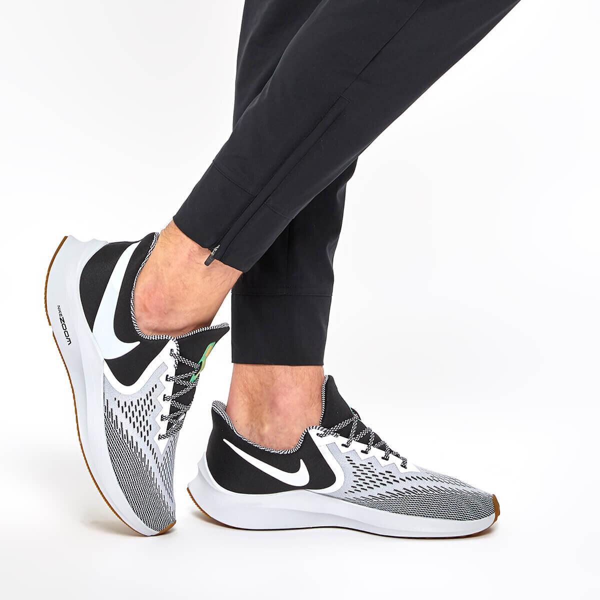 SIYAH Erkek Koşu Ayakkabısı ZOOM WINFLO 6 SE