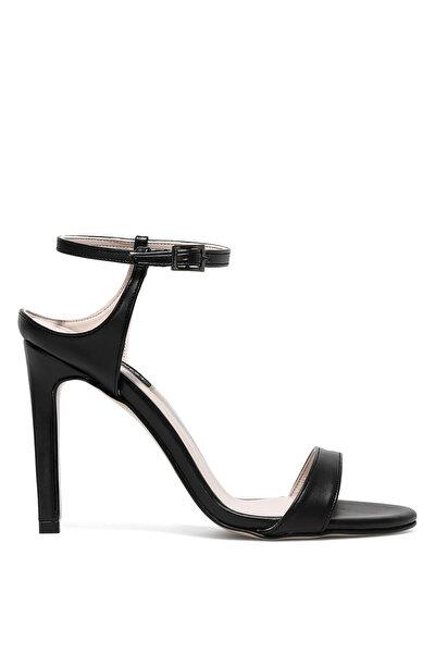 Nine West HELLEMA 1FX Siyah Kadın Topuklu Sandalet