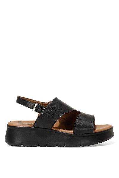 Nine West GUMA 1FX Siyah Kadın Dolgu Topuk Sandalet