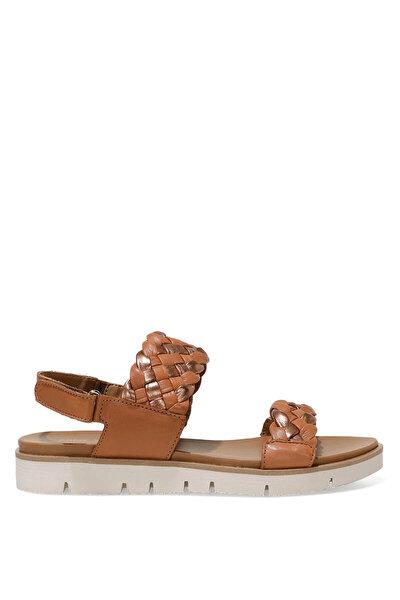 Nine West GIELA 1FX Taba Kadın Dolgu Topuk Sandalet