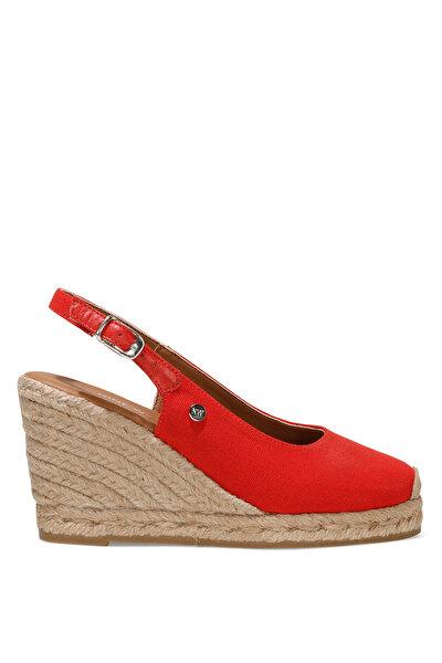 Nine West PUJICO 1FX Kırmızı Kadın Dolgu Topuk Sandalet
