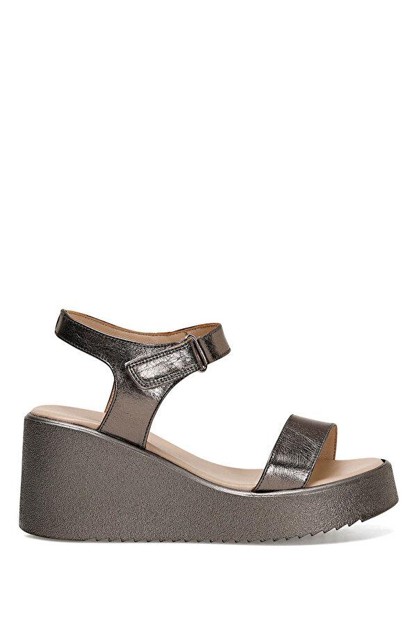 Nine West KALAN PLATIN SARI Kadın Dolgu Topuklu Sandalet