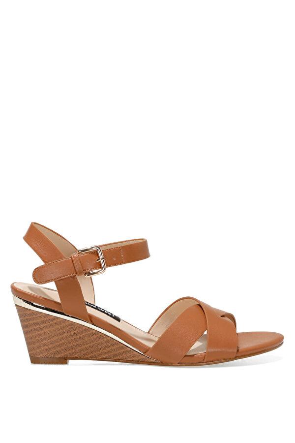 Nine West HEWELL 1FX Taba Kadın Dolgu Topuk Sandalet