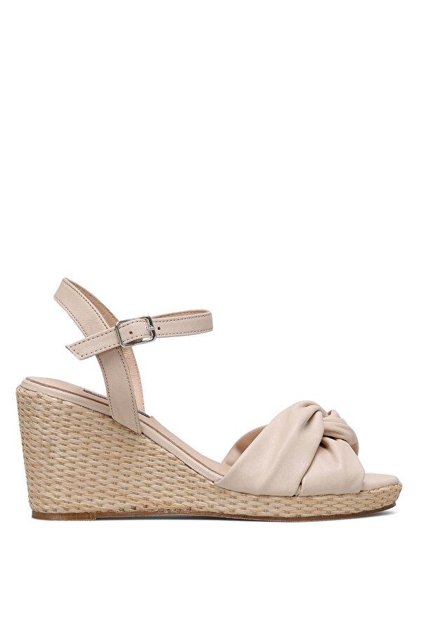 Nine West CARETTE 1FX Bej Kadın Dolgu Topuk Sandalet