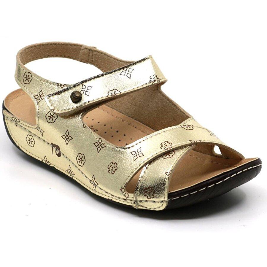 Pierre Cardin 1362 Cırtlı Yumuşak Hafif Kadın Sandalet Altin