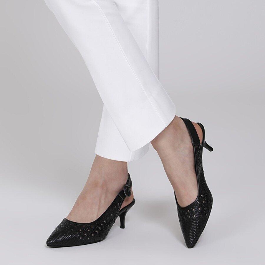 Butigo 21S-3401FX Siyah Kadın Gova Ayakkabı
